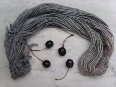 coton teint aux cerises noires